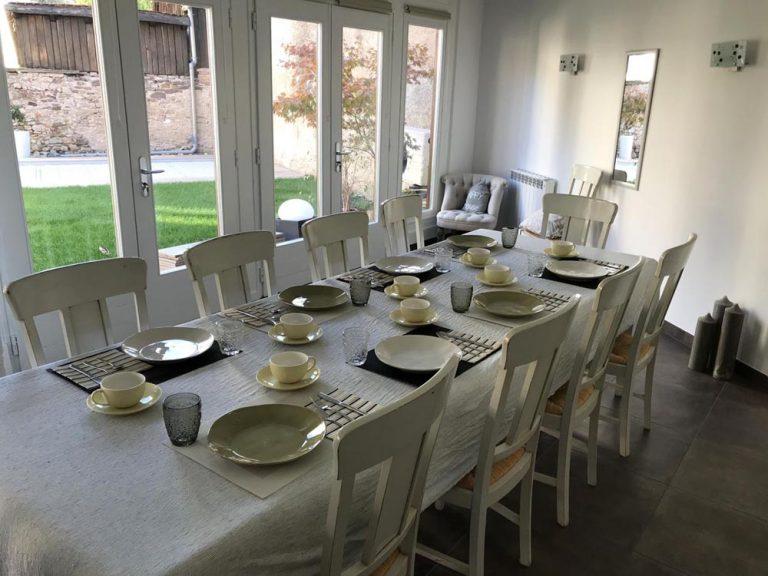 Table salle de petit déjeuner